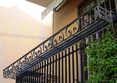 Gazebo, fioriera per terrazzo, pergola, tettoia realizzati in ferro ...